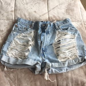 High waisted ripped Levi's shorts